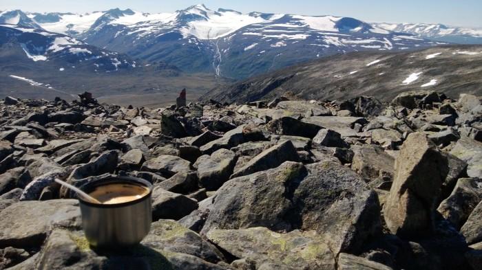 Kaffepause med enda en av de vakreste utsikter man kan få