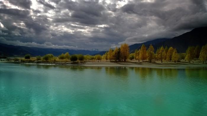 Langs Tsango River