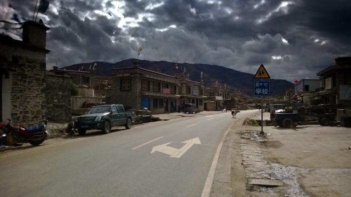 Gjennom mange landsbyer
