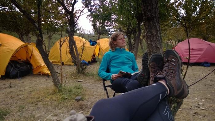 Litt avslapping i campen før det blir mørkt og kaldt