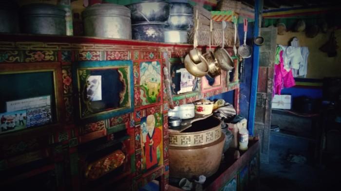 I et tradisjonelt tibetanskt hjem