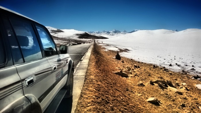 På toppen av Lalung-La pass