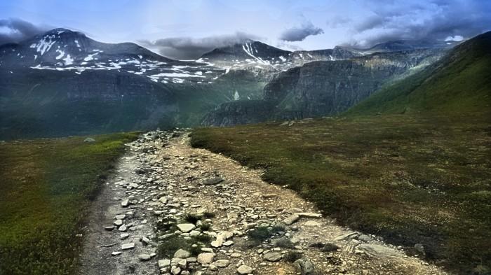Stien ned mot Innerdalen