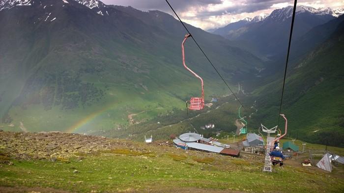 .. med regn og regnbue og utsikt og litt haggel. Men gøtt!
