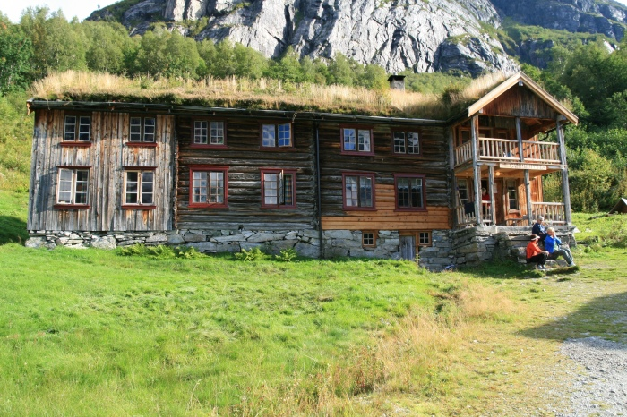 Bilde av Innerdalshytta, fra www.wikipedia.org