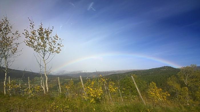 Regnbue på vei til Jotunheimen
