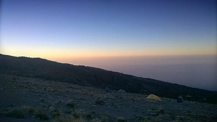 Karanga camp i soloppgang