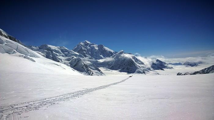 Mt Hunter i bakgrunn